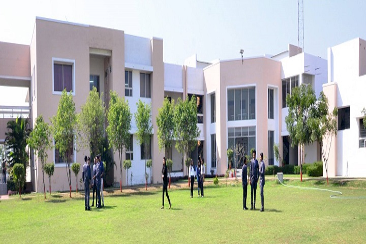 https://cache.careers360.mobi/media/colleges/social-media/media-gallery/6371/2018/11/15/Campus-View of Lal Bahadur Shastri Institute of Management and Technology Bareilly_Campus-View.jpg